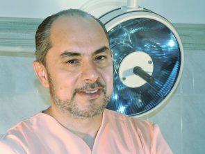 Dr. Αθανάσιος Χριστόπουλος MD